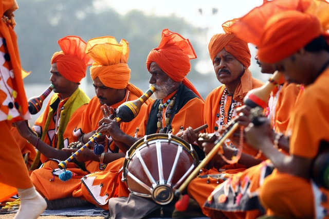IELTS Writing task 2 preserving traditional music